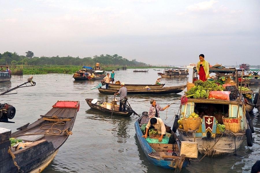 Cai Be Vinh Long - Floating Market