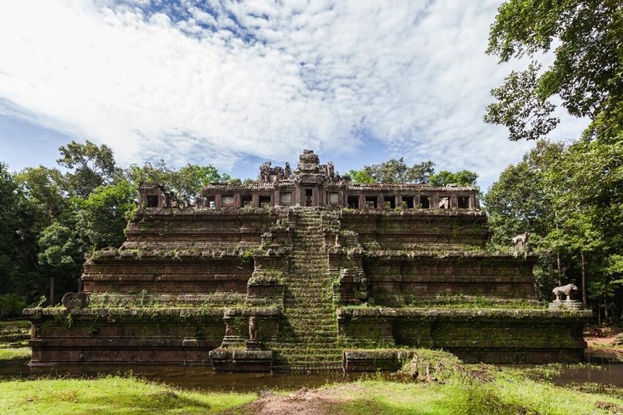 Phimean Akas Temple