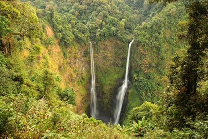 Tad Fane Waterfalll