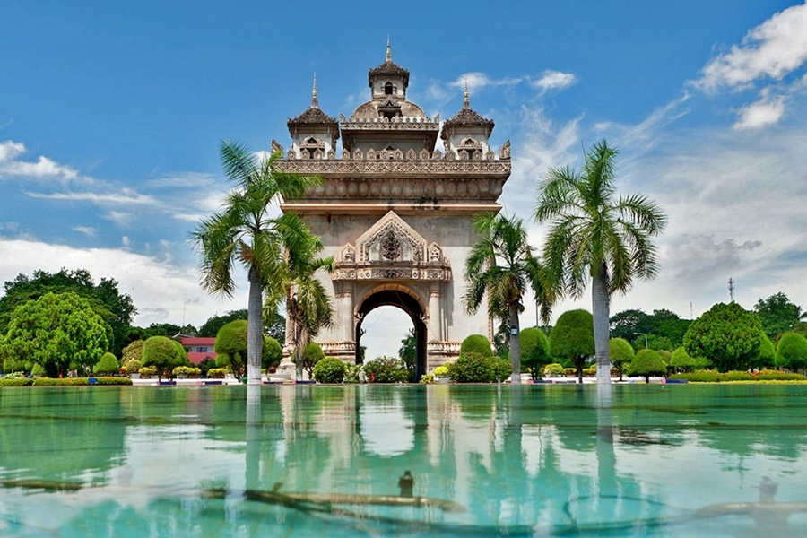 Patuxai - Vientiane