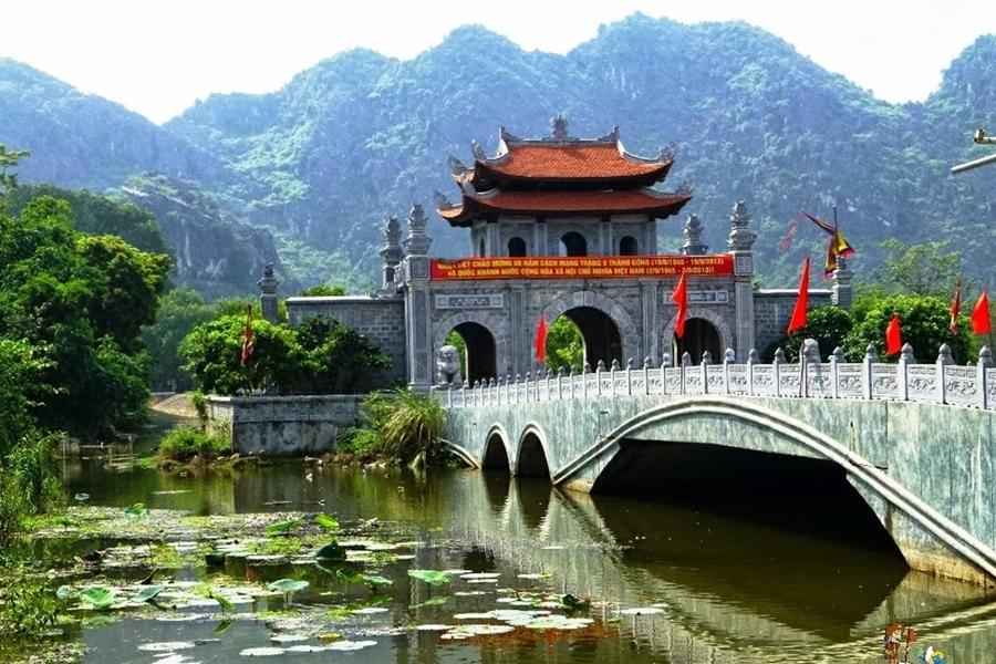 Hoa Lu - Ninh Binh Tour