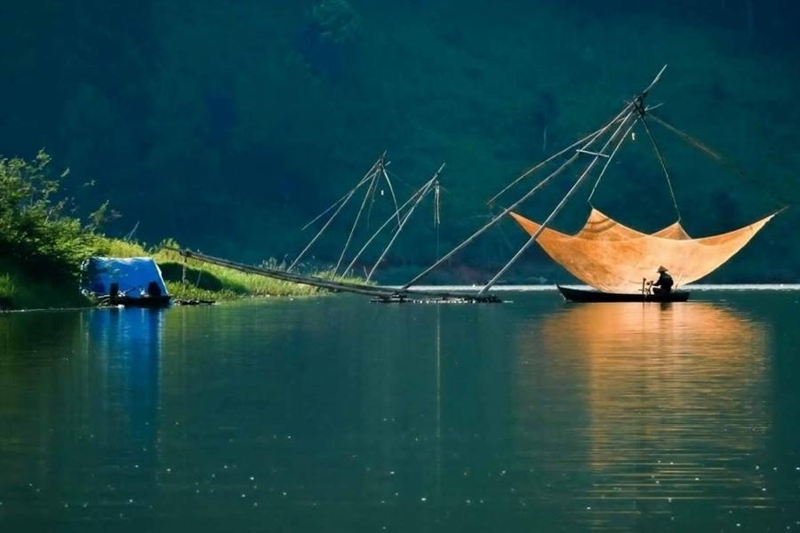 Tuyen Lam Lake - Da Lat Tour