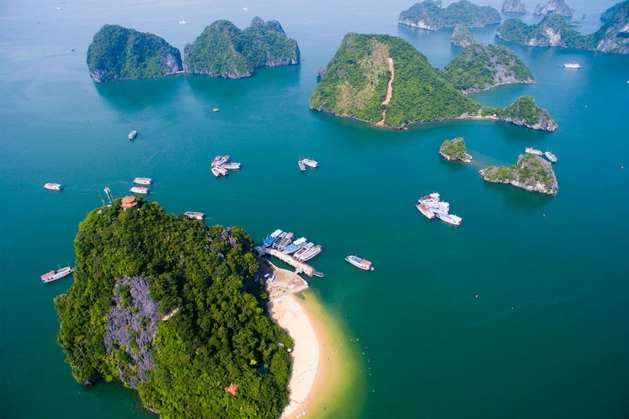 Picture of Halong Bay - Hanoi - Check in hotel in Hanoi