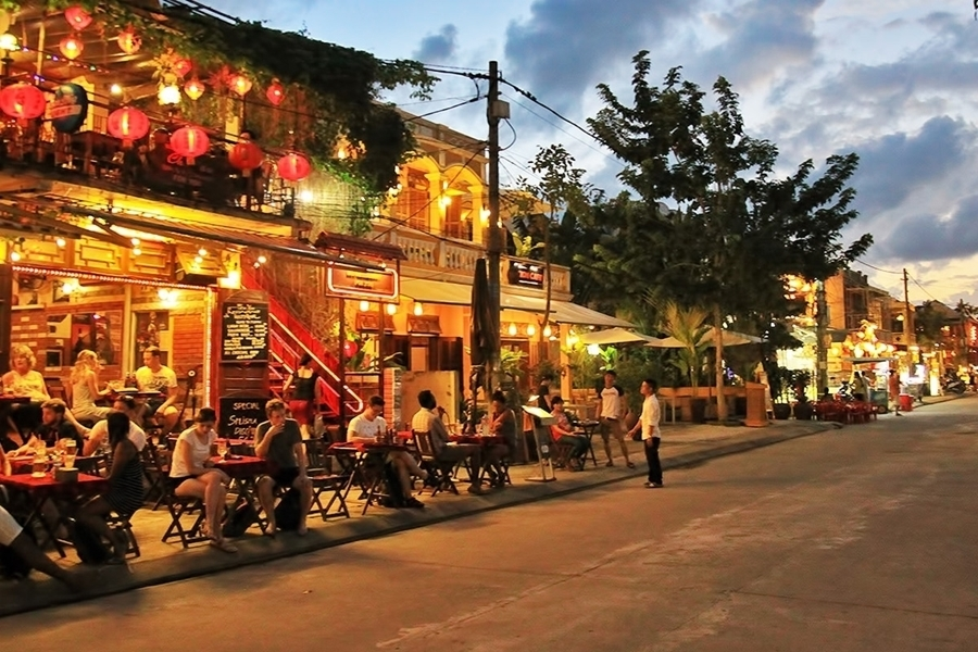 Picture of Da Nang pick up - Check in hotel in Hoi An town