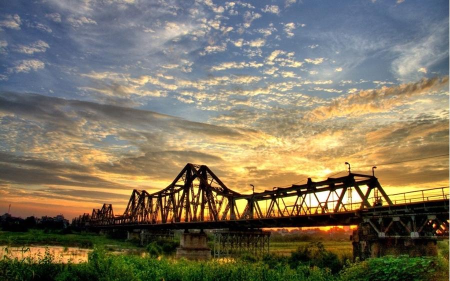Long Bien Bridge - Hanoi City